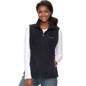 Black Columbia vest size M